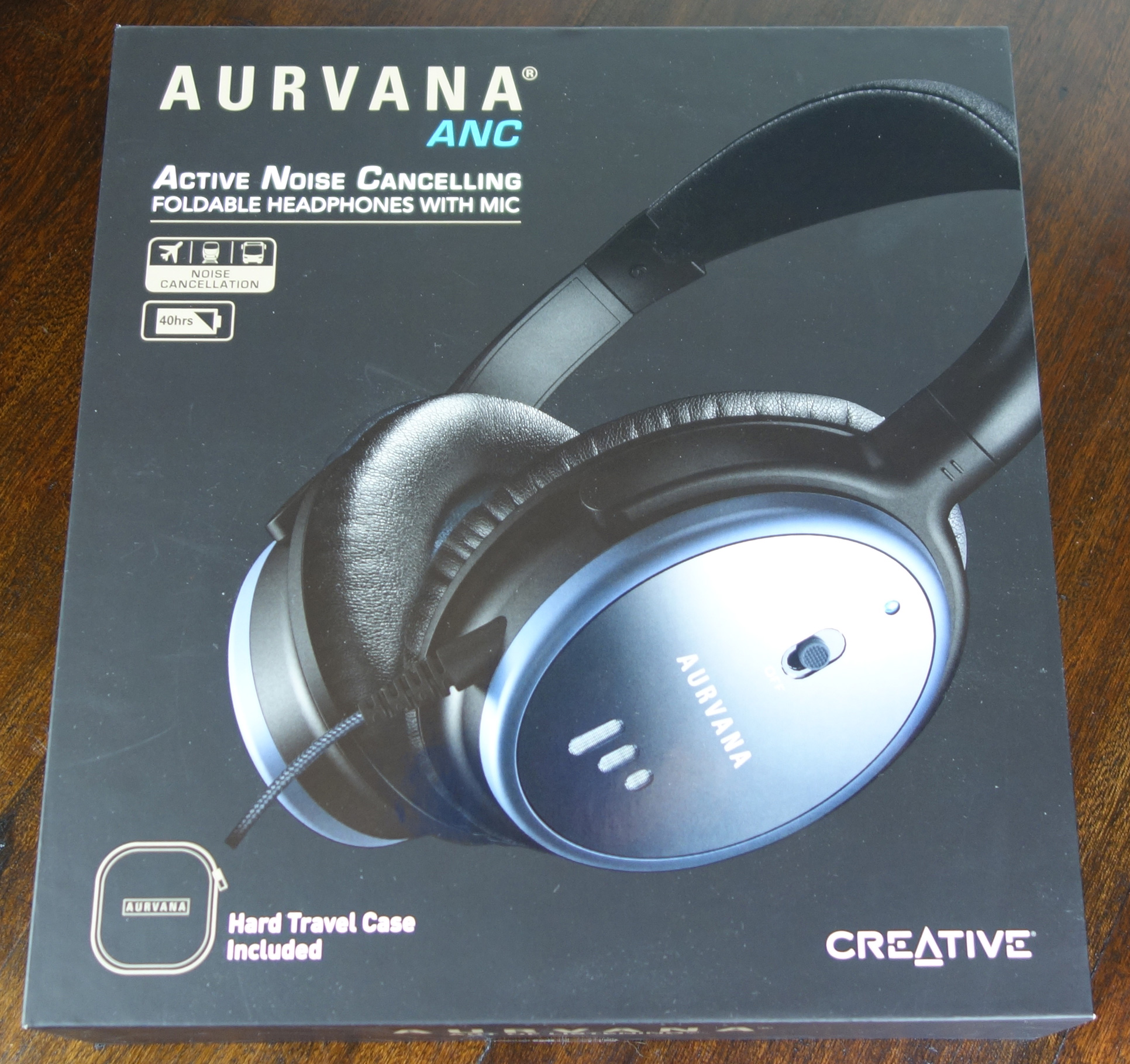 Creative Aurvana ANC Headphones box