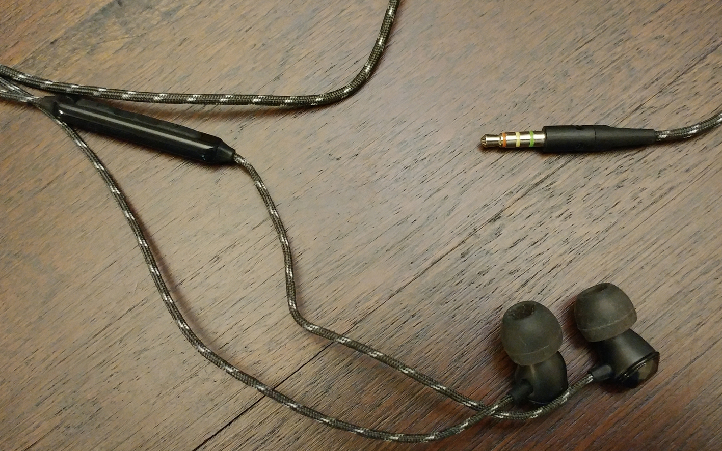 House of Marley Nesta In-Ear Headphones Controls 3.5mm connection