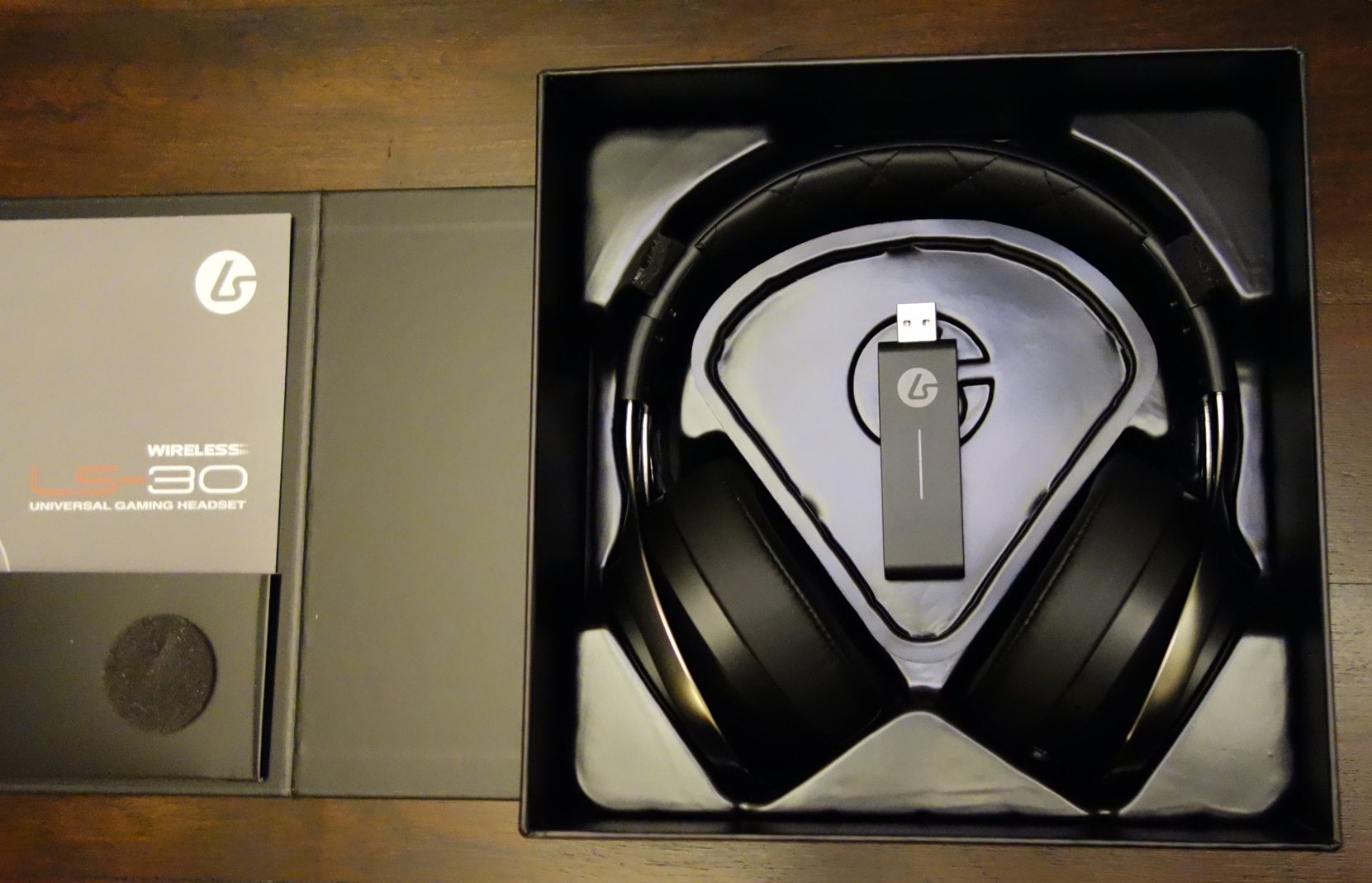 LucidSound LS30 Wireless Stereo Gaming Headset Unboxing