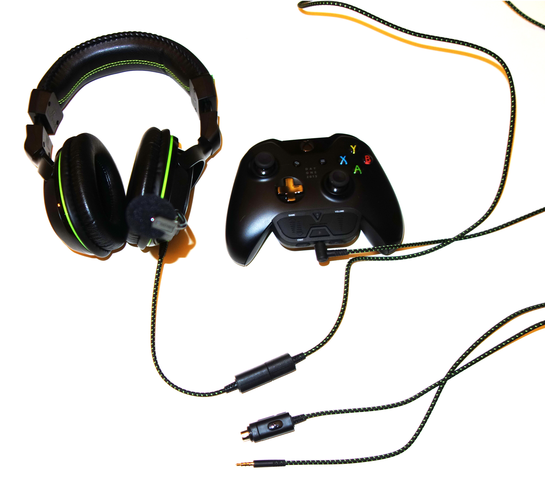 Ear Force XO SEVEN Pro & Ear Force Headset Audio Controller Plus, Mobile cable, Xbox One controller